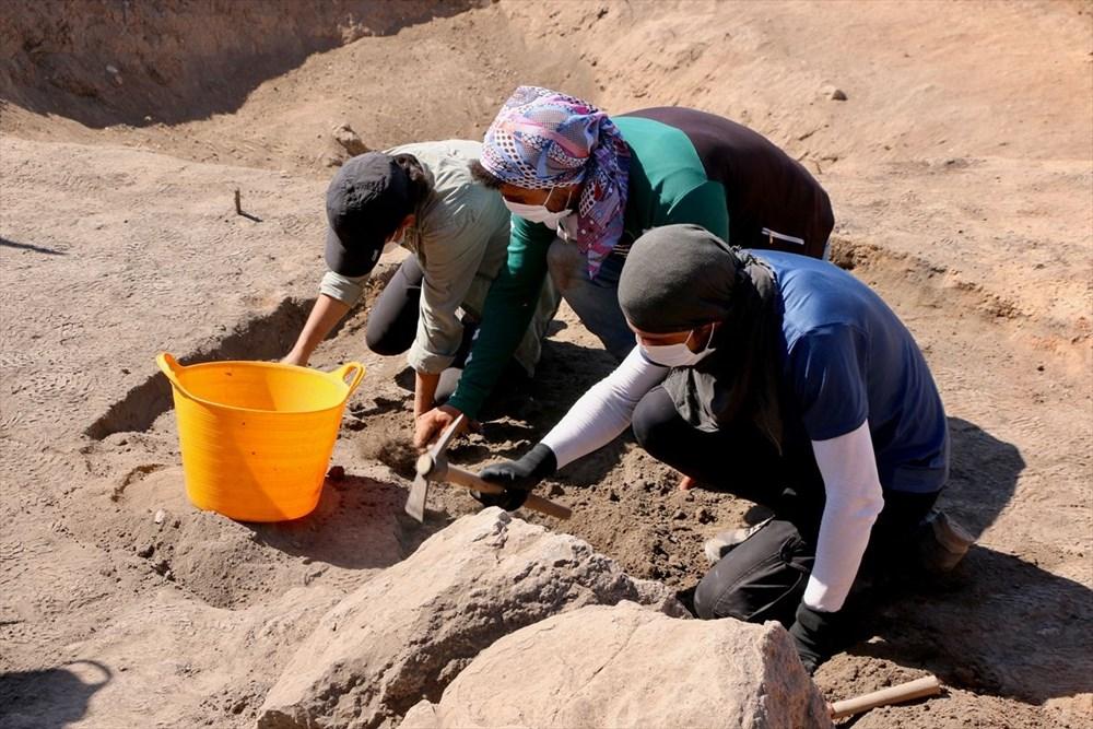 Eskişehir Küllüoba kazısında 5 bin yıllık boya paleti bulundu - 11