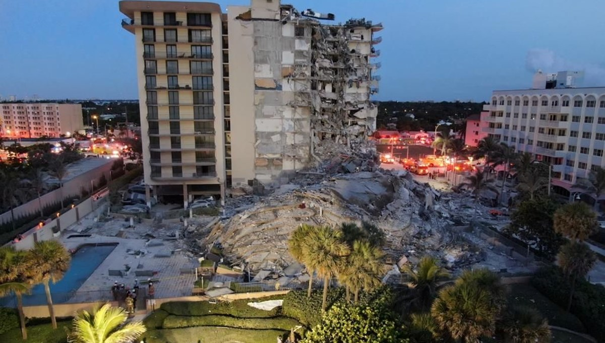 ABD'de 12 katlı bina çöktü, 51 kişiden haber yok