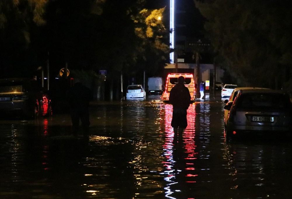 İzmir'de yağışın ardından deniz taştı: 1 kişinin cansız bedenine ulaşıldı - 9