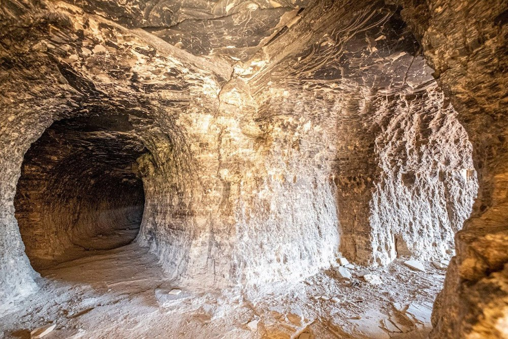 Sivas'ın 4 bin yıllık Hititler dönemi 'apartman mağaraları' ilgi çekiyor - 5