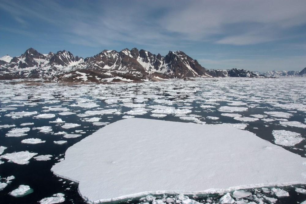 Grönland hızla eriyor: Son 2 günde 17 milyar ton buzul yok oldu - 8