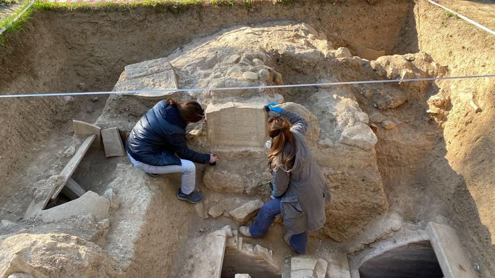 İznik'teki lahit mezarlarında 1500 yıllık mesaj bulundu - 4