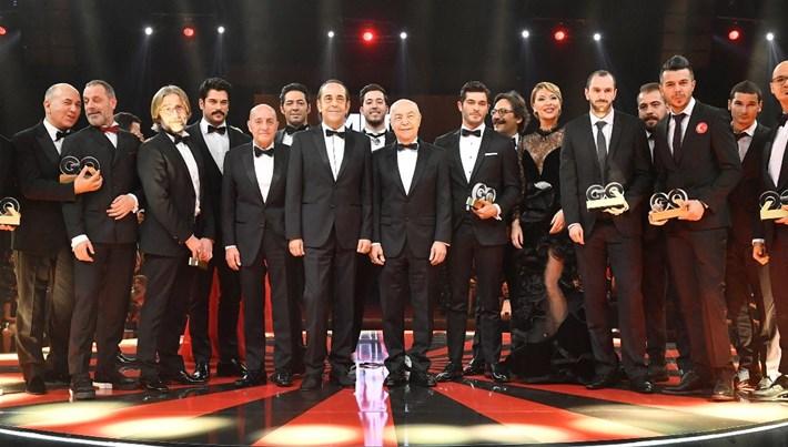 """GQ Türkiye """"Men Of The Year 2017"""" Ödülleri Clear ana sponsorluğunda muhteşem bir törenle sahiplerini buldu"""
