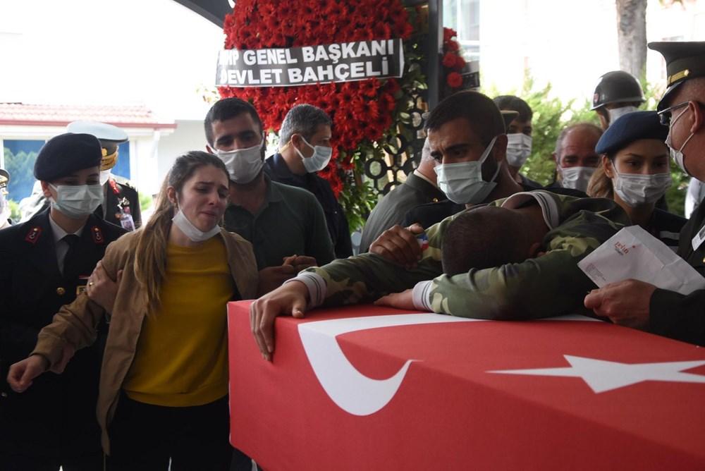 Şehit Teğmen Mehmet Kıvık, son yolculuğuna uğurlandı - 4