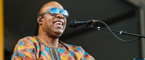Stevie Wonder'a böbrek nakli yapılacak