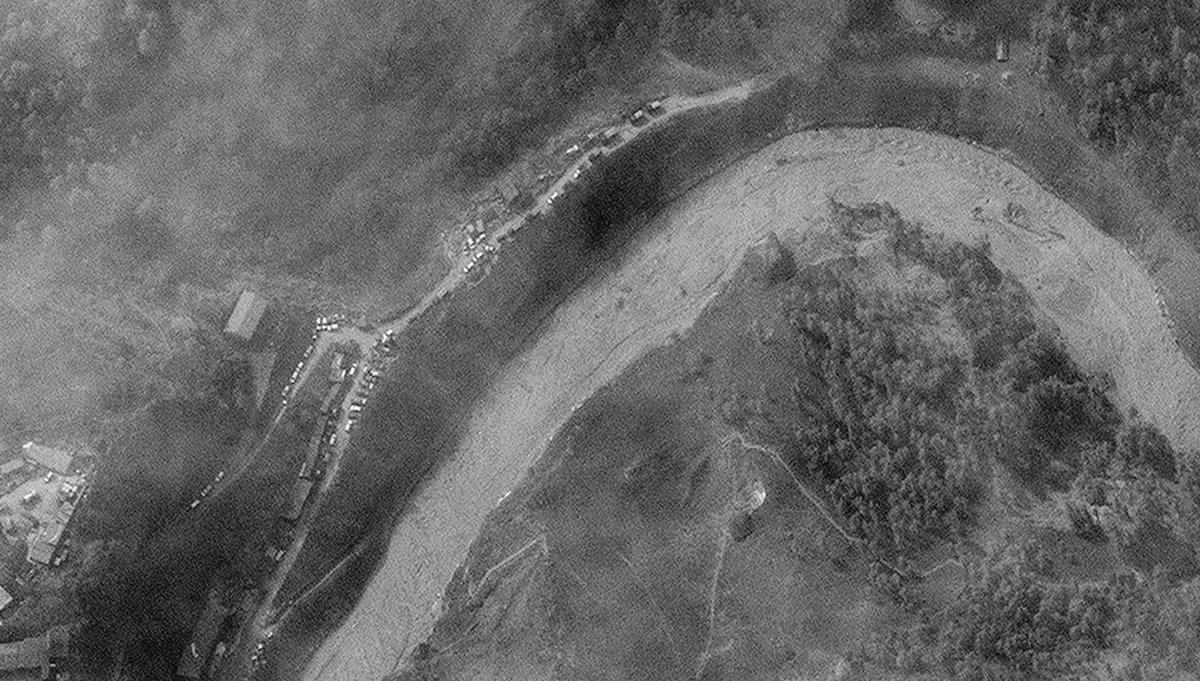 Hindistan'da buzul felaketi: 15 atom bombasına eşdeğer enerji serbest kaldı