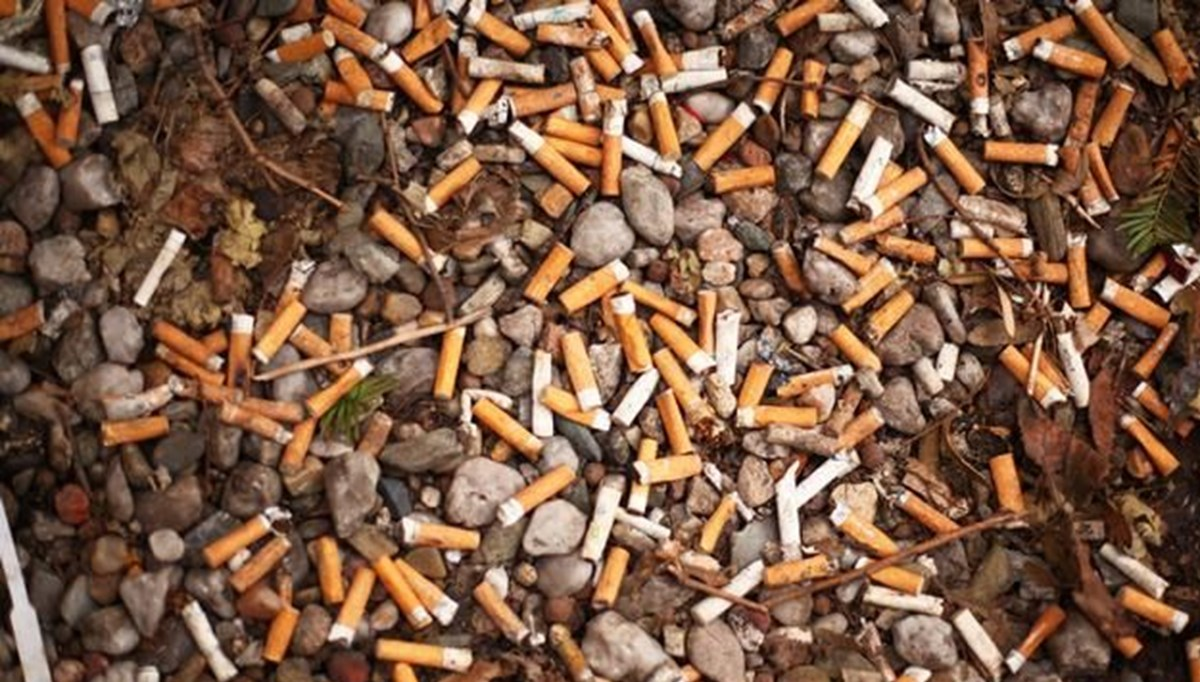 Sigara izmariti temizlemek için yılda 225 milyon euro harcanıyor