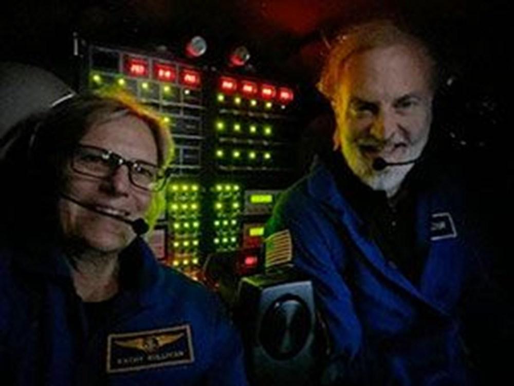 Uzayda yürüyen ilk ABD'li kadın astronot yeniden tarih yazdı - 5