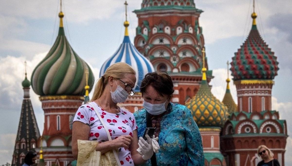 Rusya'da Covid-19 vaka sayısı 871 bini geçti