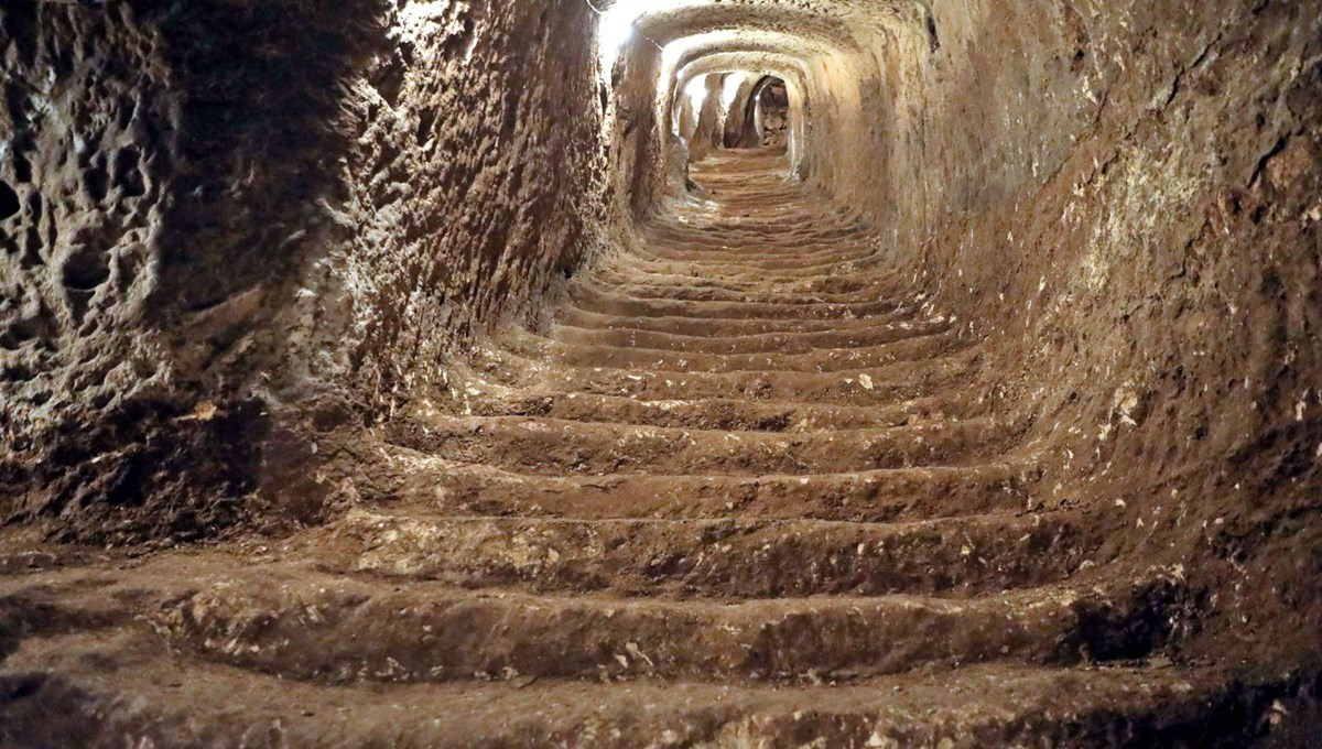 Historical tunnels under Gaziantep Castle are being brought into tourism