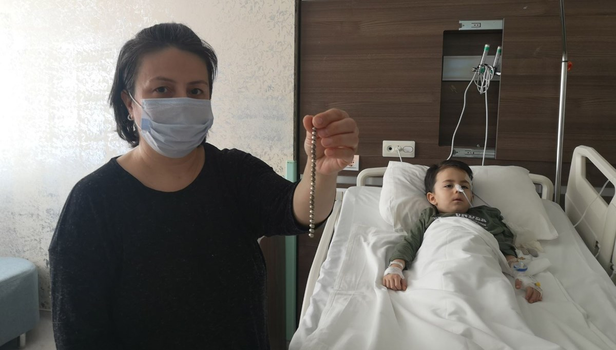 Çekilen röntgen filmi herkesi şaşırttı, küçük çocuğun bağırsağından 19 mıknatıs çıktı