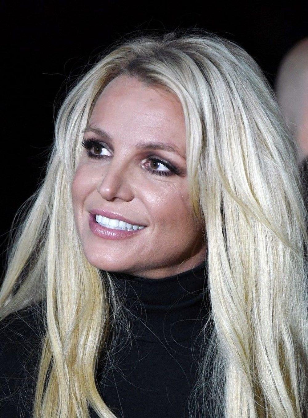Britney Spears'ın babası vasiliğin sona ermesi için mahkemeye başvurdu - 2