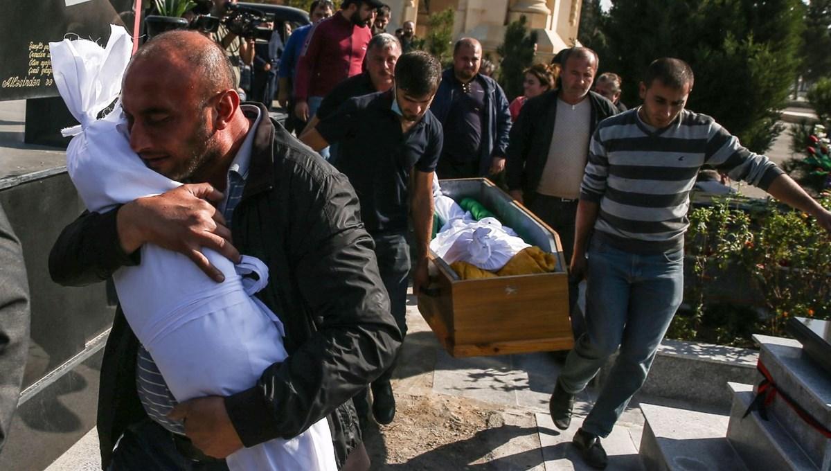 Hain saldırının küçük kurbanları: Cenazede gözyaşları sel oldu