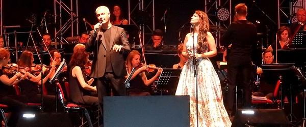 İtalyan tenor Alessandro Safina sokak hayvanları için sahneye çıktı