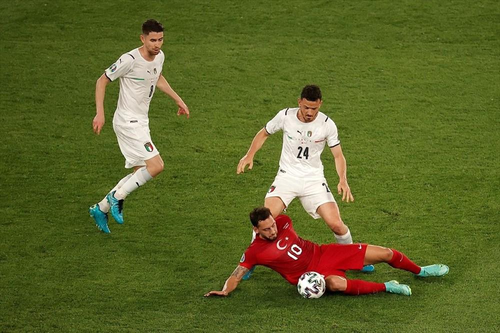 Milli Takım açılış maçında İtalya'ya yenildi (EURO 2020 - Türkiye:0 İtalya:3) - 11