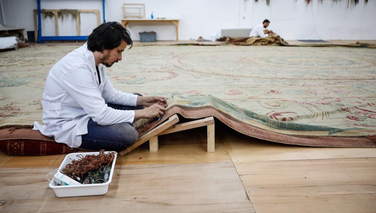 Dolmabahçe Sarayı'nın 119 yıllık halısı restore ediliyor