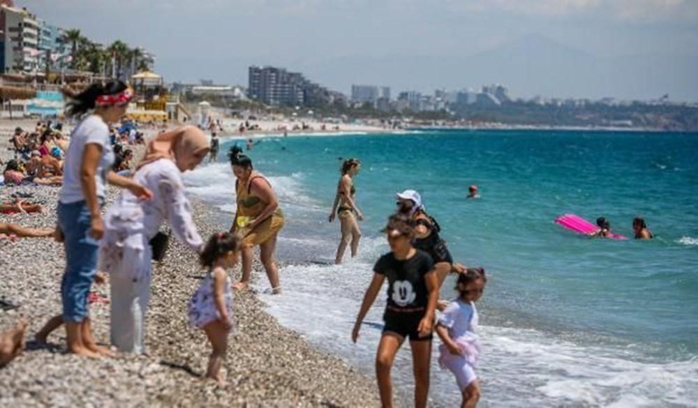 Tam kapanma bitti: Antalyalılar sahile akın etti - 15