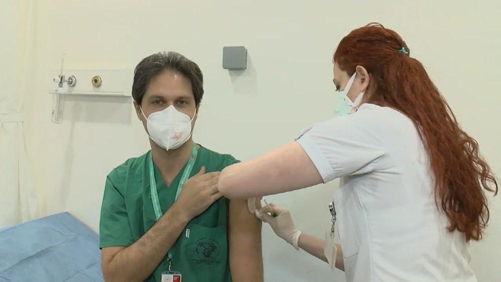 İstanbul'da ilk aşılar sağlık çalışanlarına yapılıyor - 4