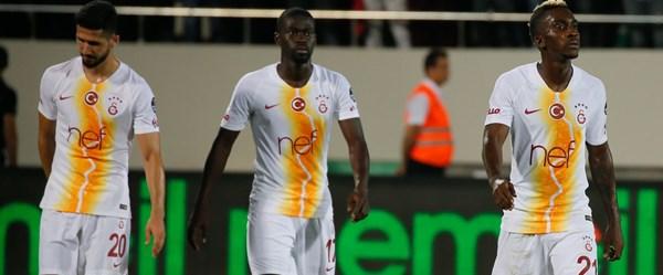 """Galatasaray'ın forması """"çirkin mi?"""""""