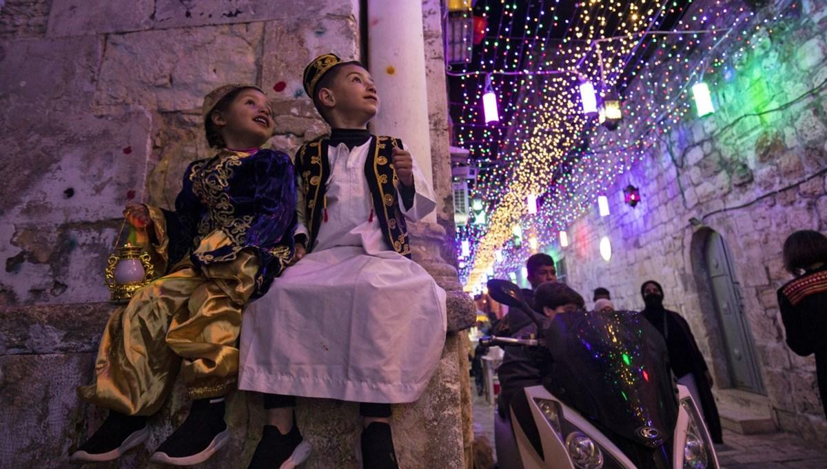 Kudüs'te Ramazan heyecanı: Rengarenk ışıklar ve kandillerle süslendi