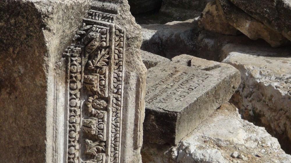 Şanlıurfa'da 2 bin yıllık tarihi kaya mezarları ziyarete açıldı - 13