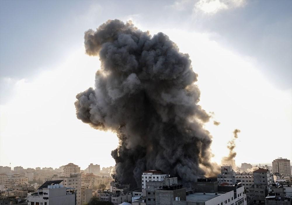 İsrail, Gazze'de sivillerin bulunduğu 14 katlı binayı vurdu - 21