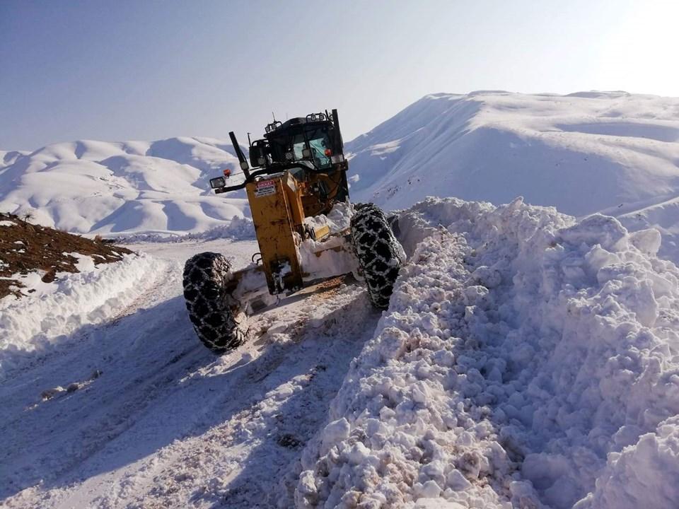 Kar yağışının etkisi Doğu bölgelerinde zor anlar yaşatıyor