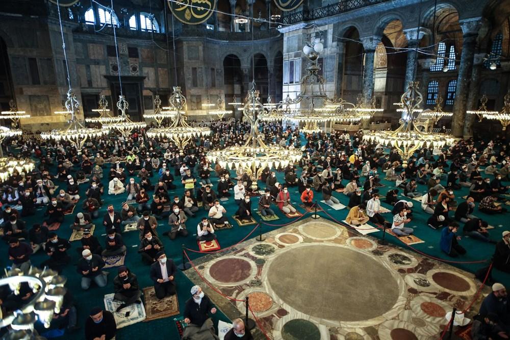 Ayasofya'da 87 yıl sonra ilk Ramazan Bayramı namazı kılındı - 9