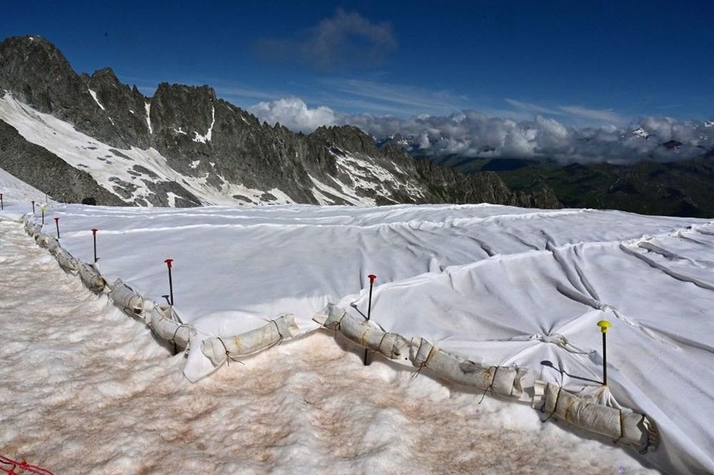 İtalyanlardan Presena buzulunun erimesine karşı muşamba önlemi: Yüzde 70'i korundu - 9