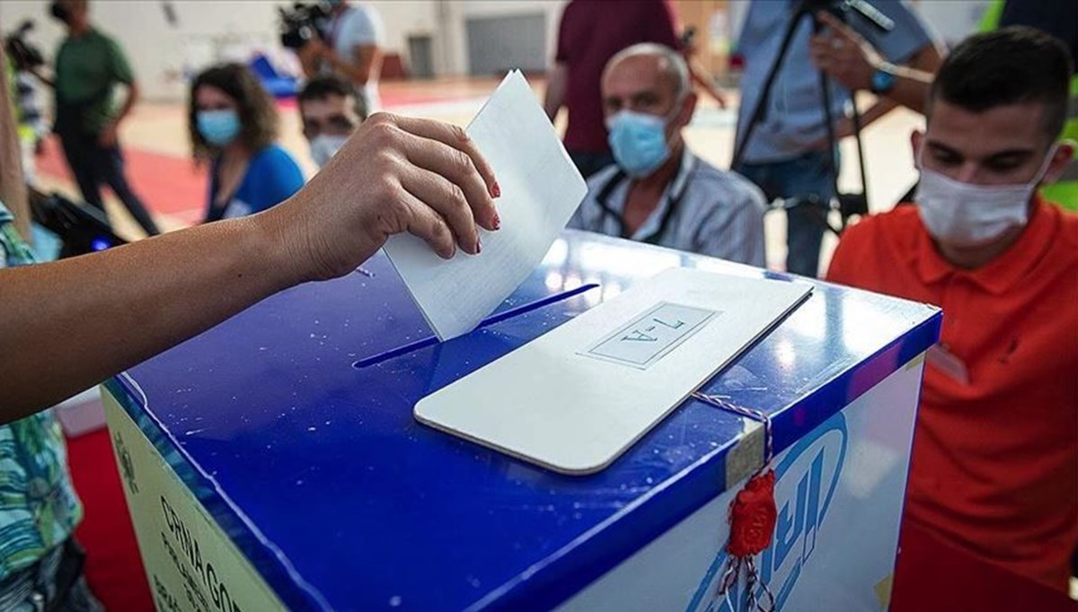 Karadağ'da genel seçimleri muhalefet kazandı