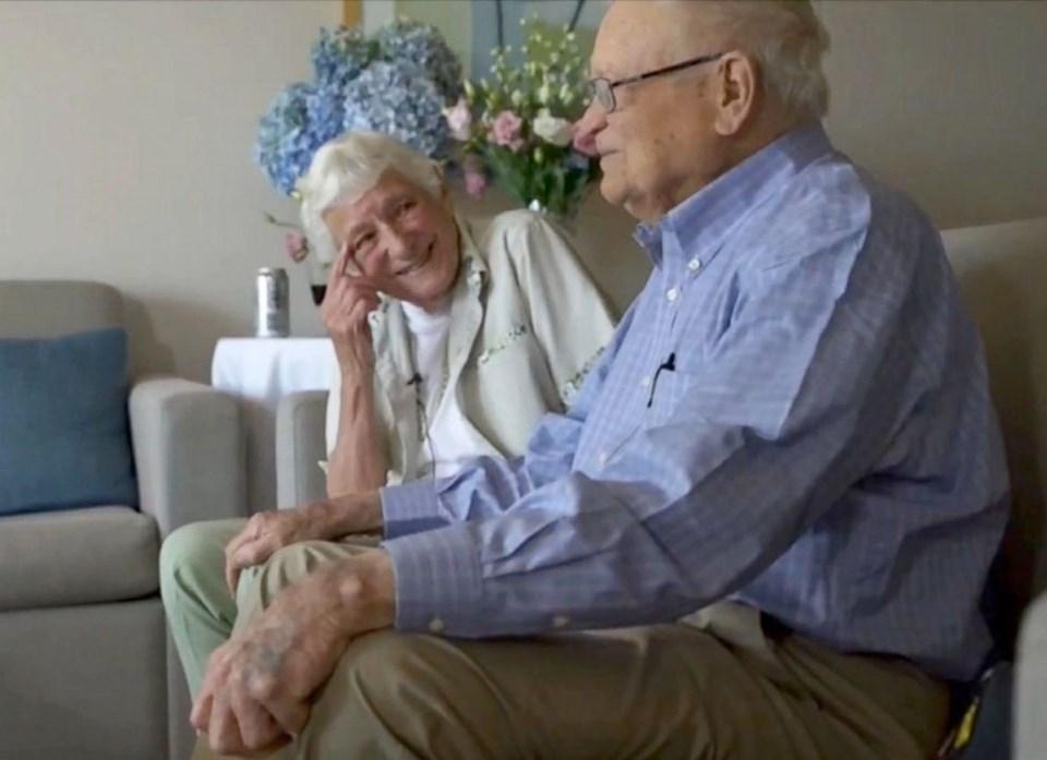 72 yıl boyunca ayrı kalan ikili, hayatlarına devam etmiş, evlenmiş ve çocuk sahibi olmuş.