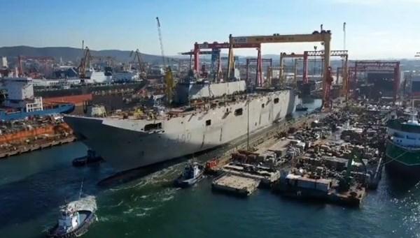 """<div>Milli uçak gemisinde sona doğru(Türkiye'nin yeni nesil yerli silahları)</div> <p>"""" /></p> <p>Türkiye'nin ilk yerli savaş uçak gemisi ile ilgili önemli bir gelişme yaşandı.TCG Anadolu,liman test hazırlıkları için cep rıhtımına alındı.</p> </div></section></main>  </div> <footer id="""