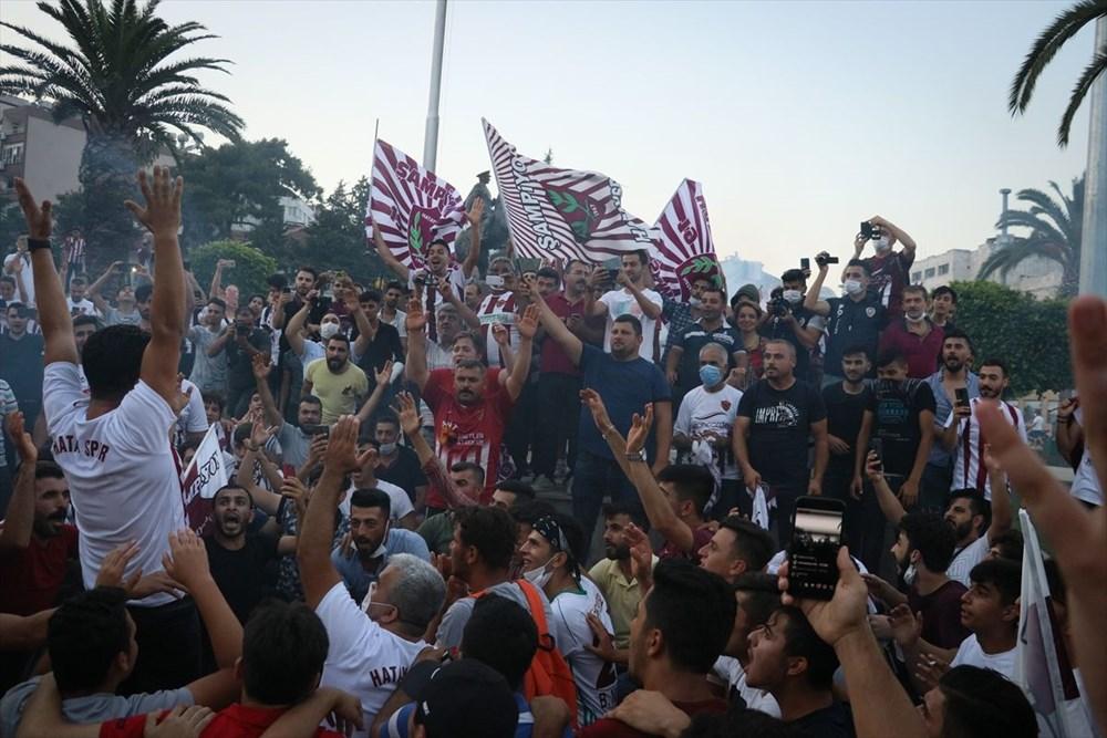 Hatayspor'un şampiyonluğu kentte büyük bir coşkuyla kutlanıyor - 1