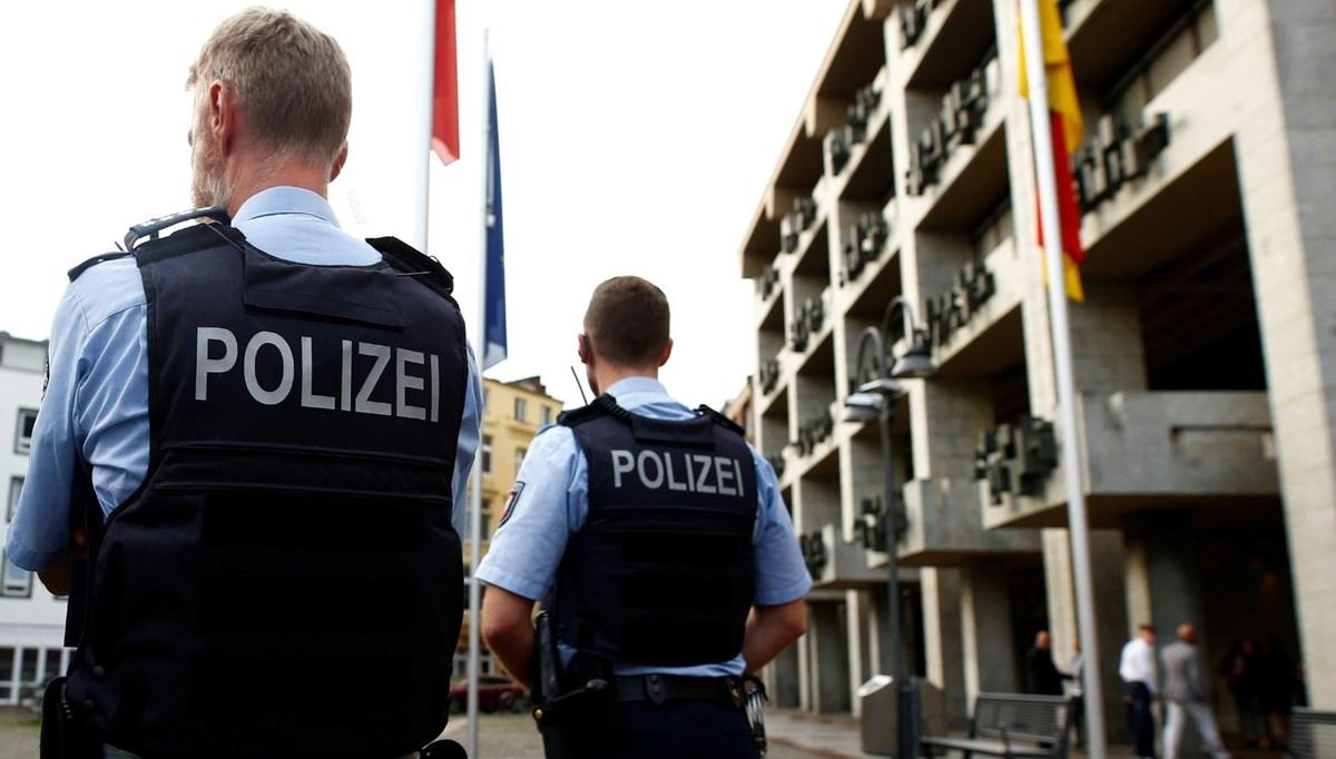 Almanların yüzde 80'i polis teşkilatında ırkçılığın olduğunu düşünüyor