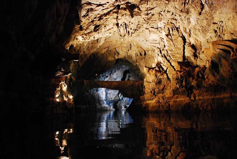 Türkiye'nin en büyük yeraltı gölü: Altınbeşik Mağarası - 9