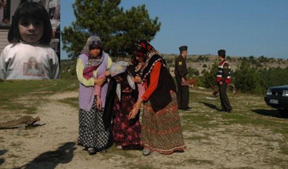 Edanur Safranbolu'daki evinin bahçesinde oynarken vuruldu.