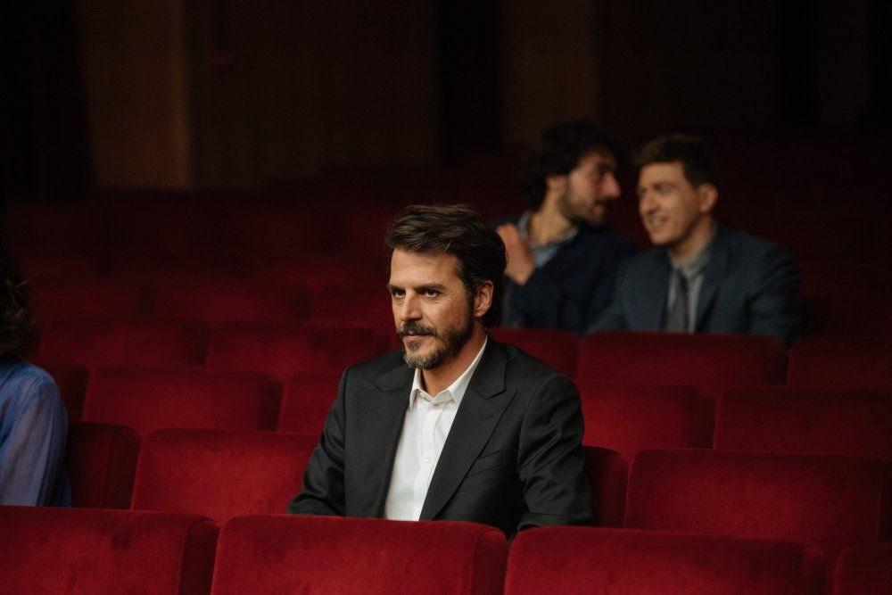 Mehmet Günsür İtalyan dizisiyle ekrana geldi - 3