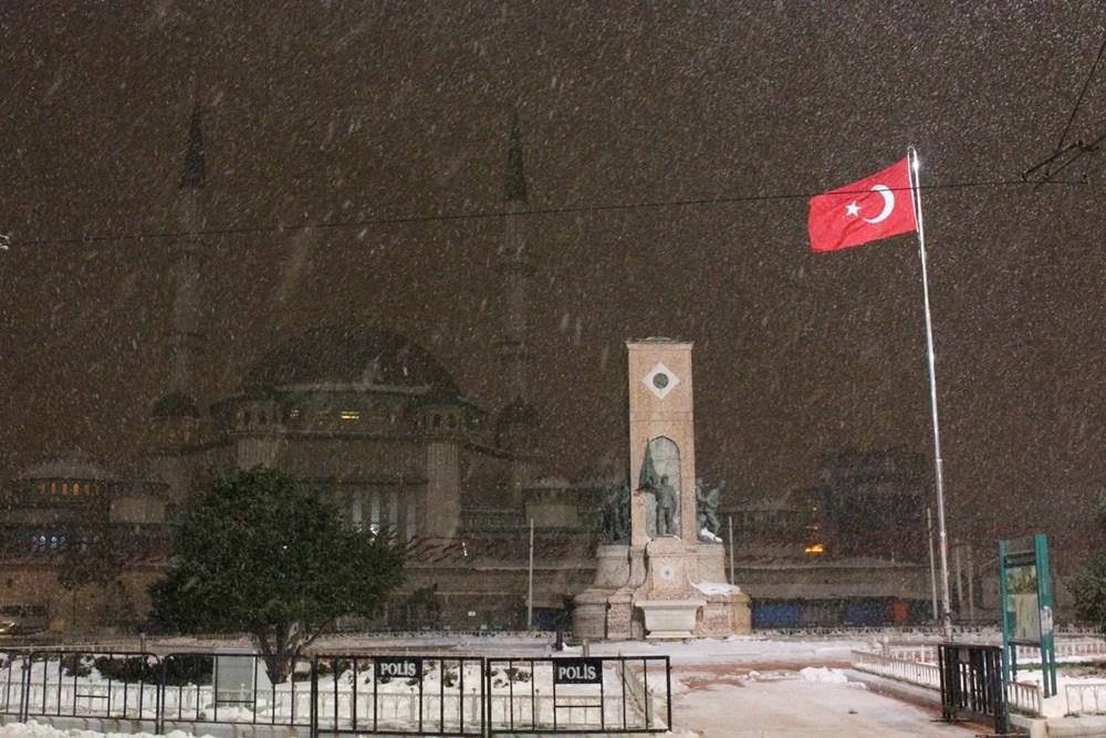 İstanbul'da kar yağışı yeniden etkisini artırdı - 22