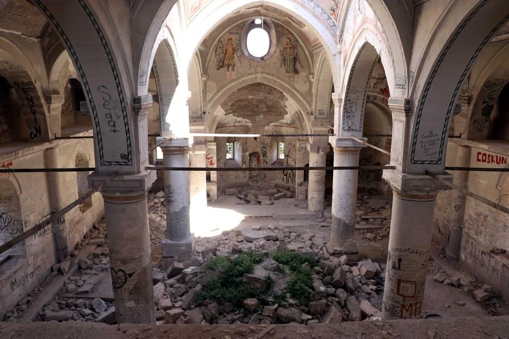 Definecilerin tahrip ettiği tarihi kilise, restore edilecek - 8