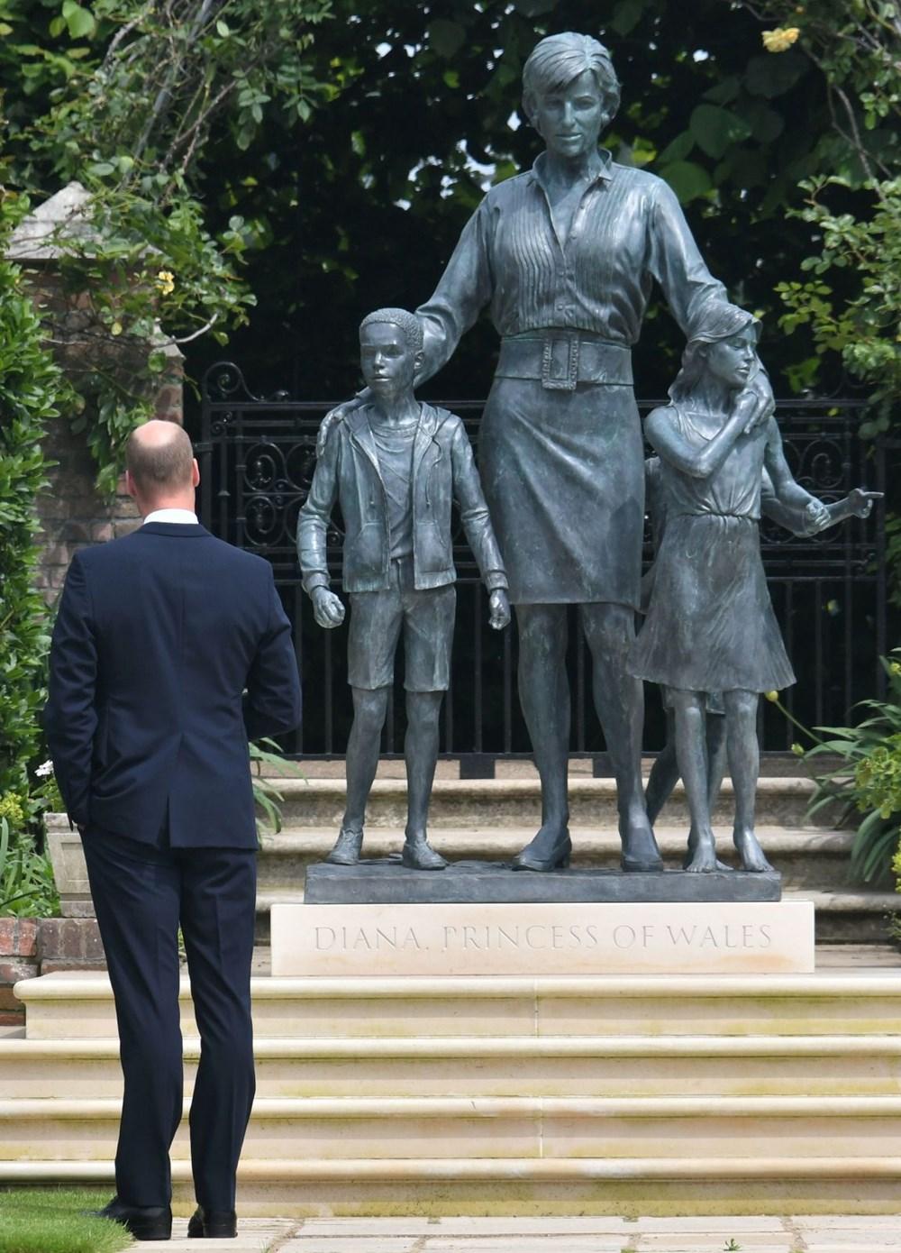 Prenses Diana'nın 60'ıncı doğum gününde Kensington Sarayı'nda heykelinin açılışı yapıldı - 16