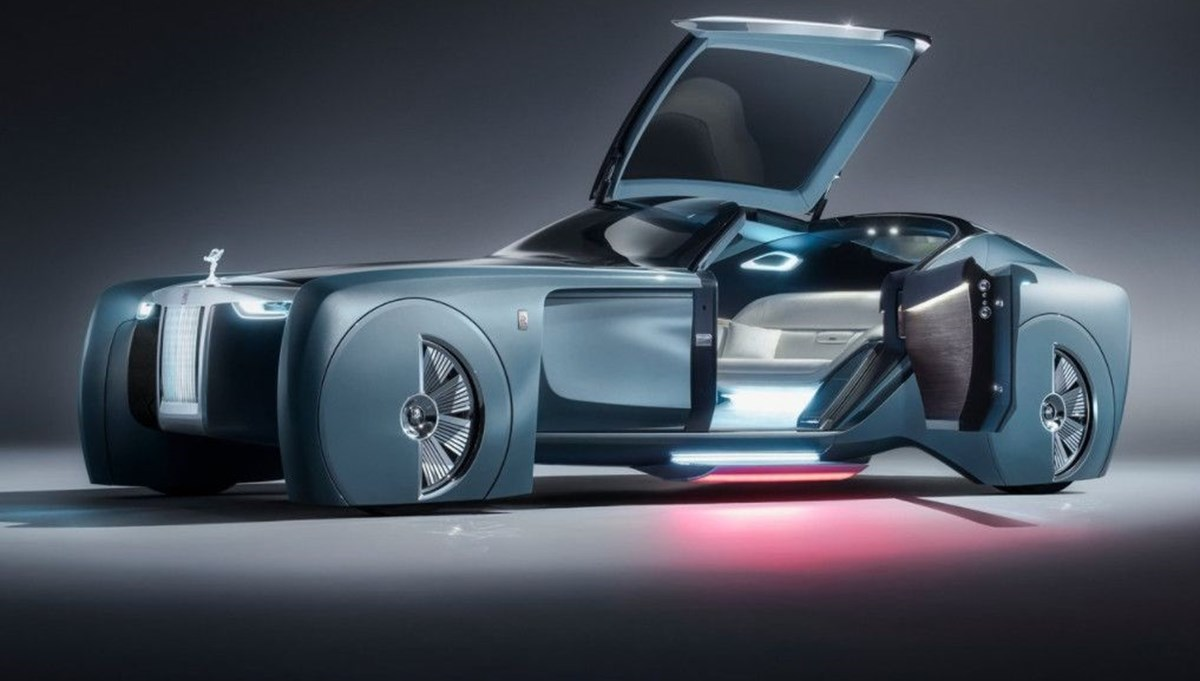 Rolls-Royce'un ilk elektrikli otomobili: İsmi açıklandı