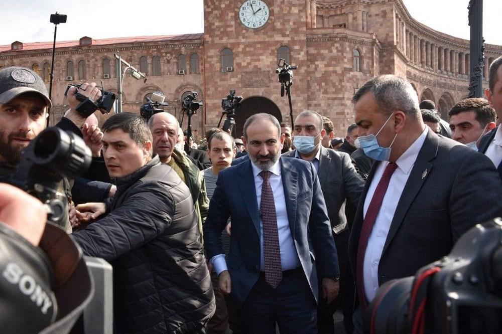 Ermenistan'da darbe girişimi: Paşinyan destekçileri ve karşıtları meydanlara çıktı - 23