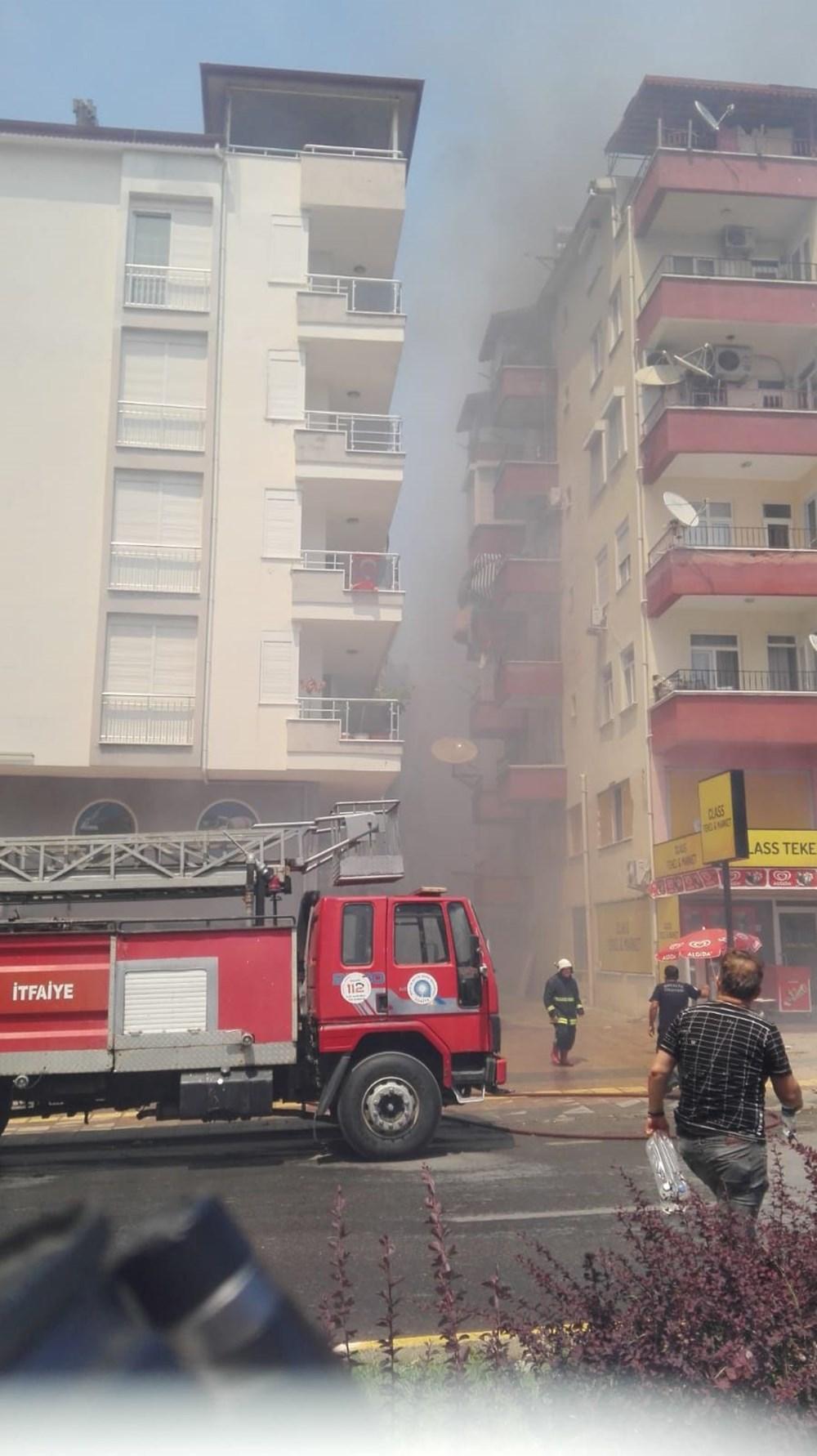 Antalya Manavgat'taki yangın kontrol altında - 17