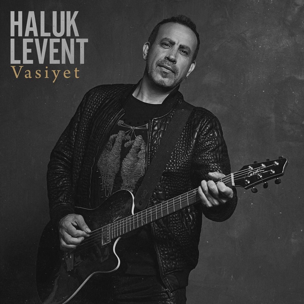 Haluk Levent, bu albümdeki birçok türküye video klip çekeceğini açıkladı.