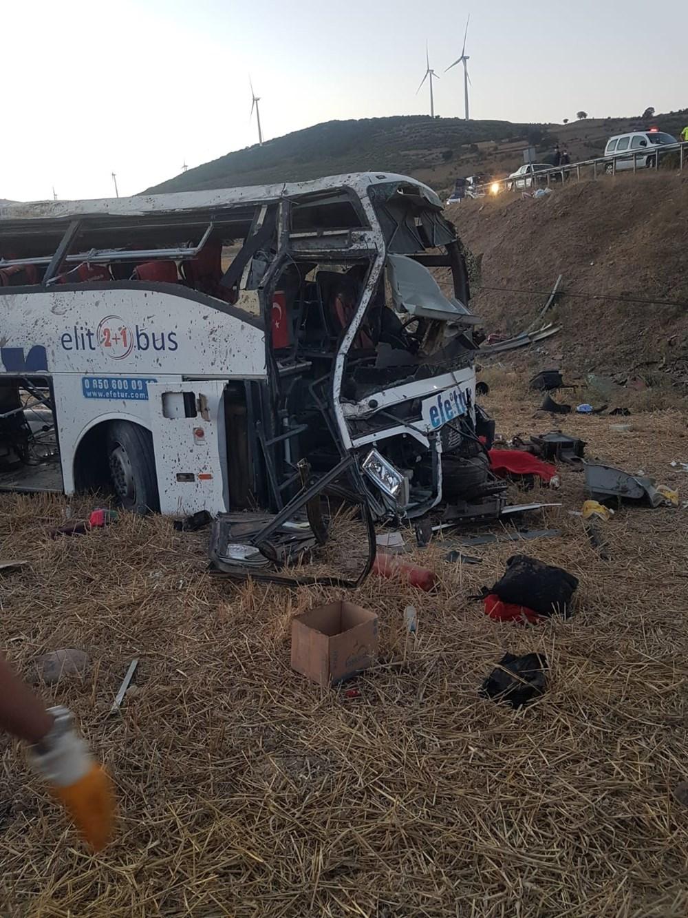 Balıkesir'de yolcu otobüsü devrildi: 15 kişi hayatını kaybetti - 4
