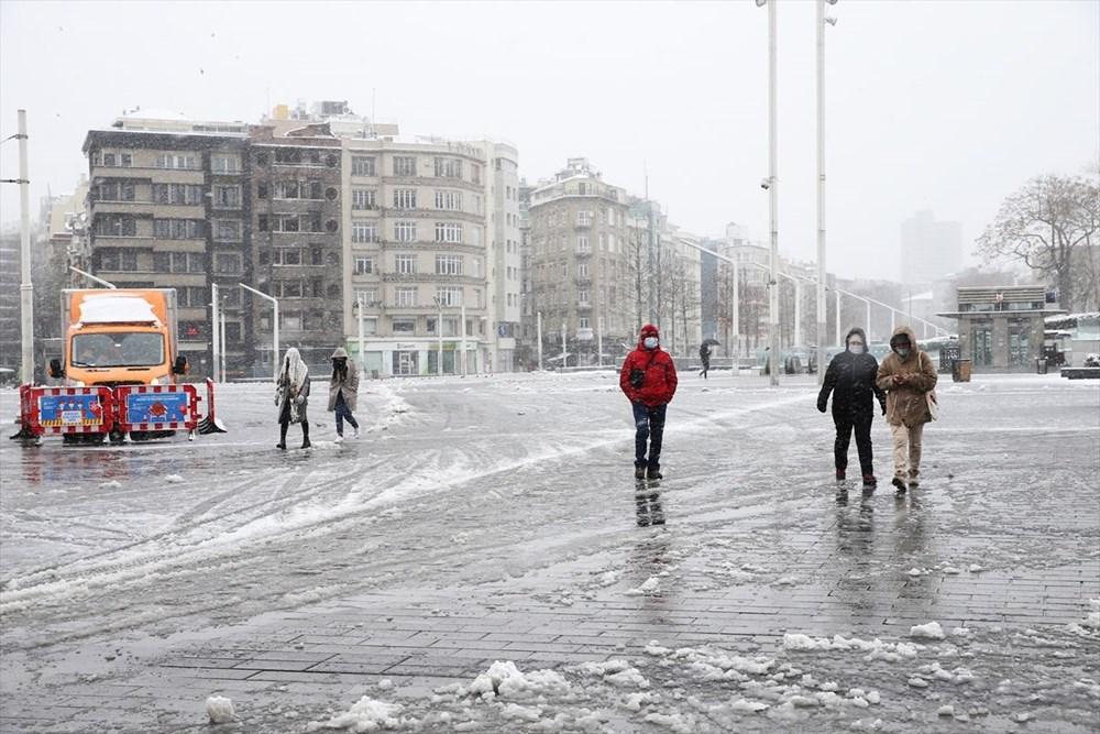İstanbul'da kar yağışı devam ediyor - 35
