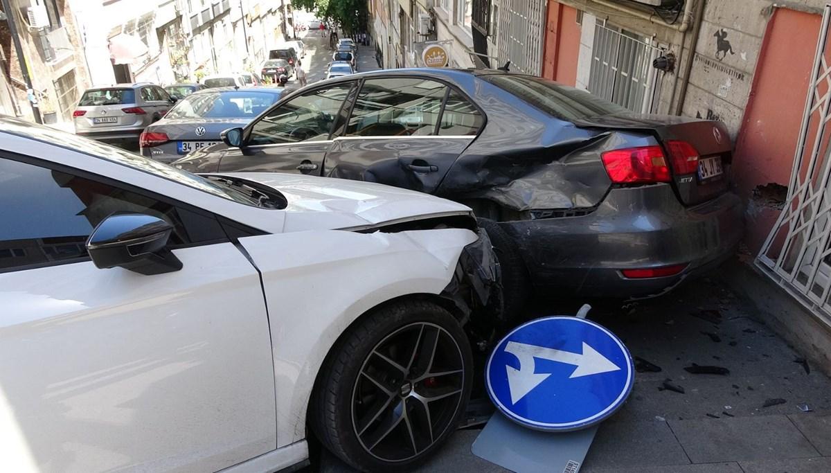 Beşiktaş'ta el freni çekilmeyen otomobil kazaya neden oldu