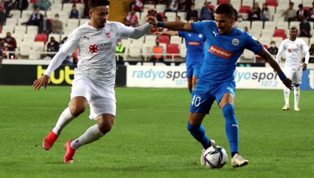 Sivasspor Avrupa Konferans Ligi'nde play-off turuna yükseldi