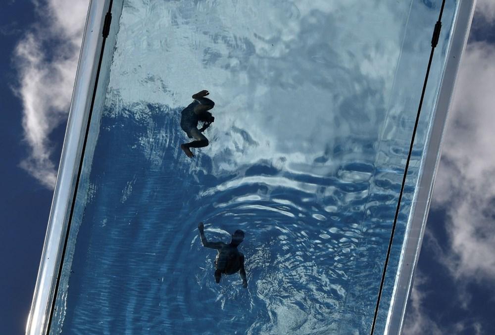 Dünyanın ilk transparan gökyüzü havuzu 'Embassy Gardens' ziyaretçi akınına uğradı - 4