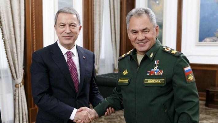 SON DAKİKA:Milli Savunma Bakanı Akar, Rus mevkidaşı ile Suriye, Soçi mutabakatı ve İslib'i görüştü